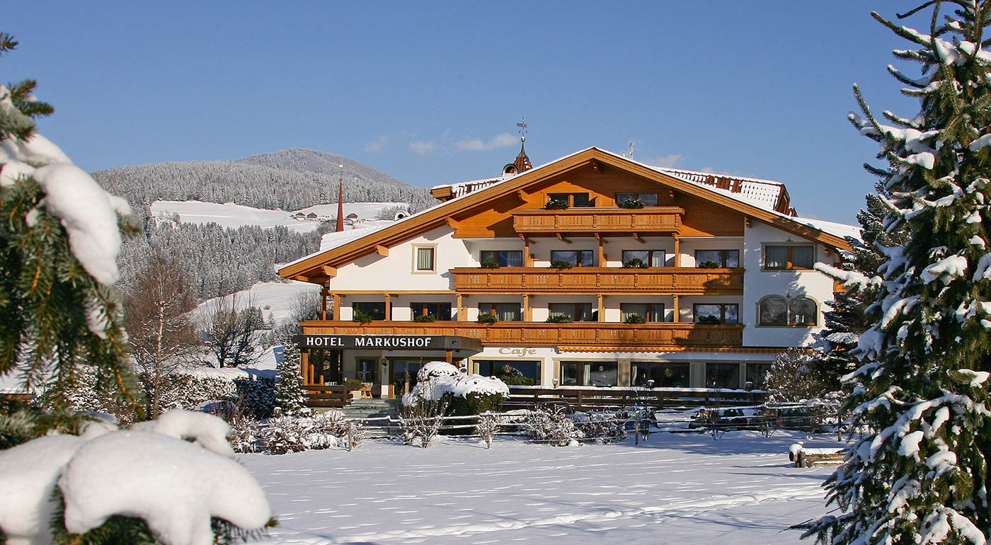 Hotel Markushof in the snow